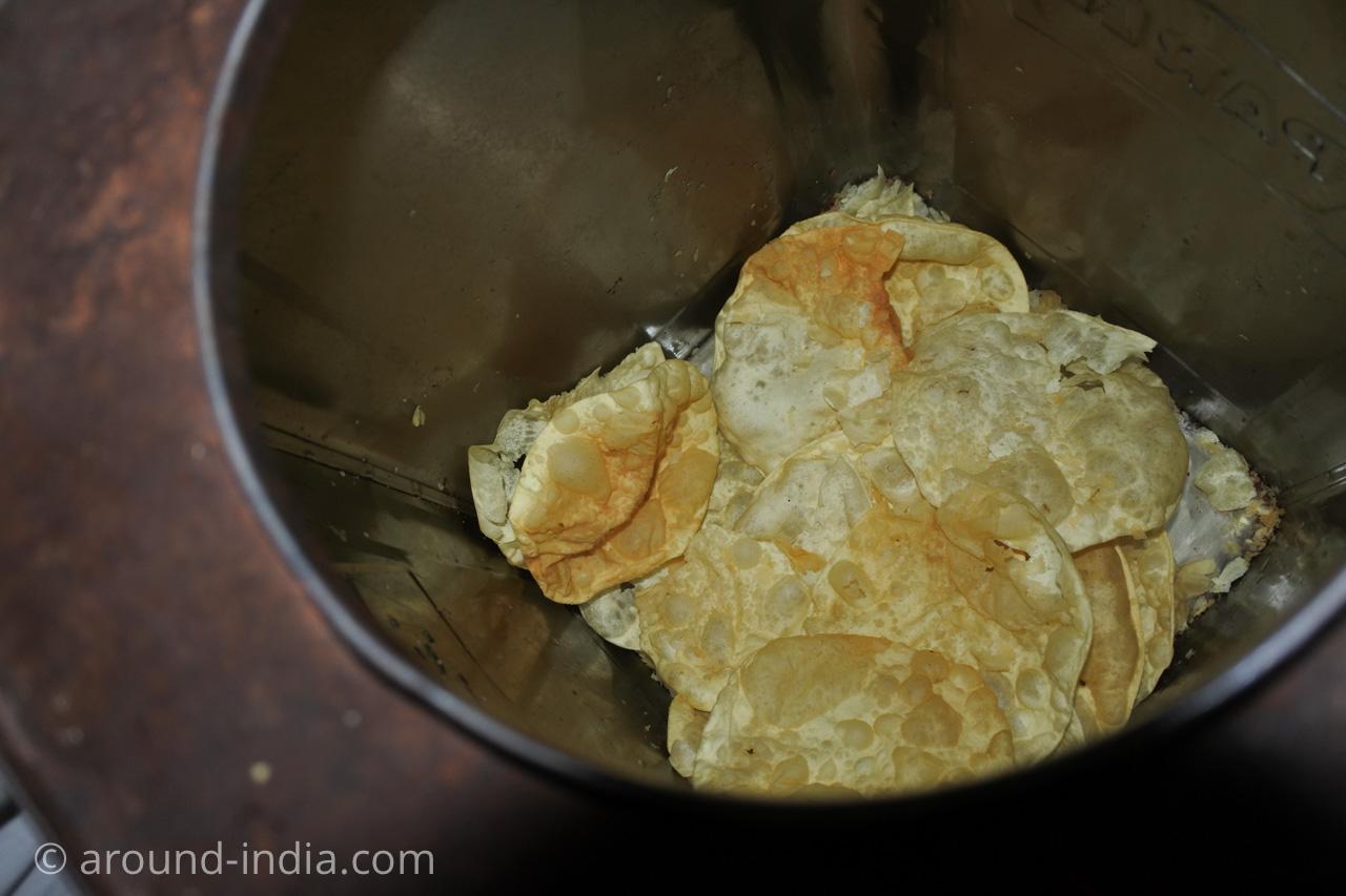 ケララ伝統料理食堂Onakkan Bharatiパパド