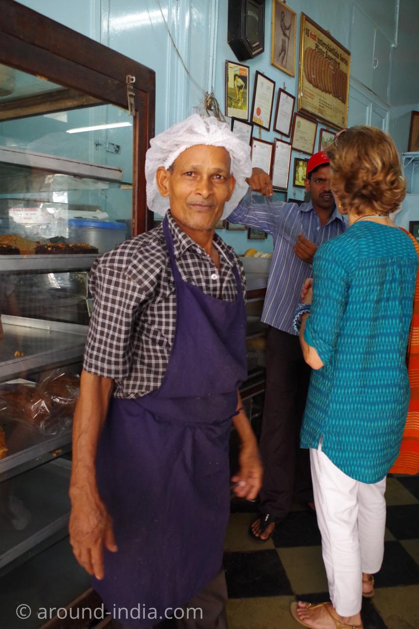 ムンバイのイラニカフェyazdani bakery