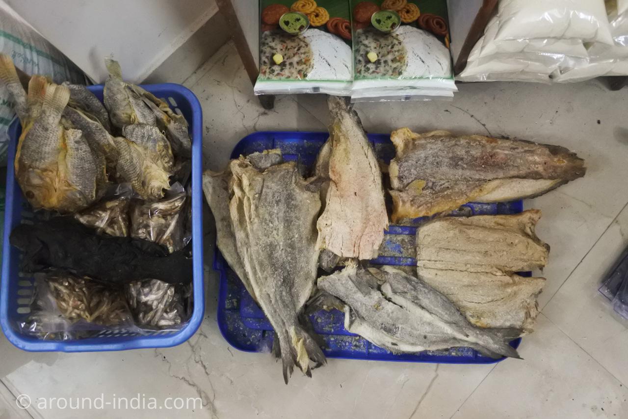 デリーINAマーケットのアフリカ食材店Mamma Africaの干し魚