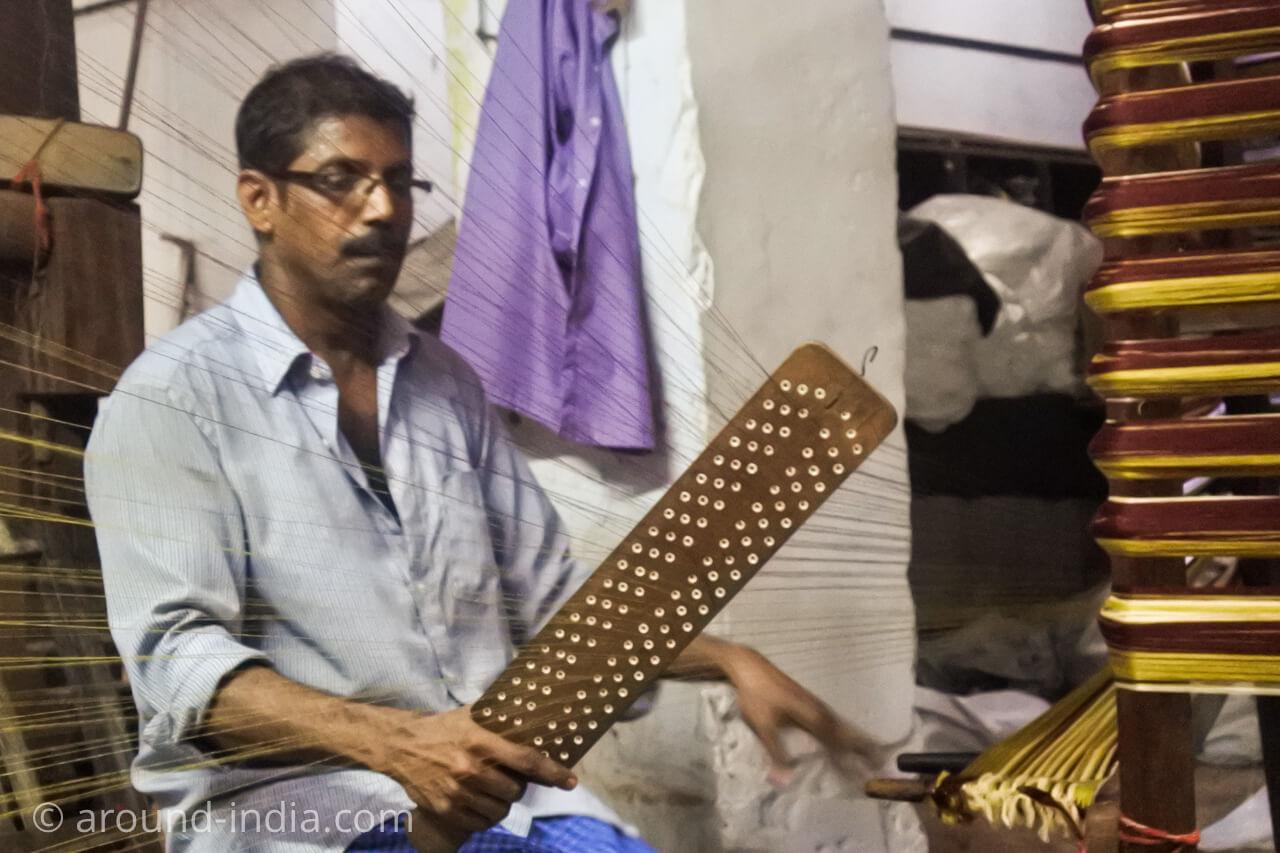 ケララの織物工房 糸工程